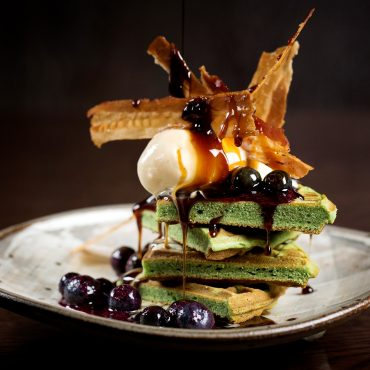 https://city2.wpmix.net/wp-content/uploads/2017/08/john-carey-green-tea-waffles-with-blueberry-miso-1.jpg