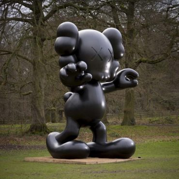 https://city2.wpmix.net/wp-content/uploads/2017/09/kaws_view-of-the-exhibition-kaws-at-yorkshire-sculpture-park-uk-2016_10803_1_w800_131931-370x370.jpg